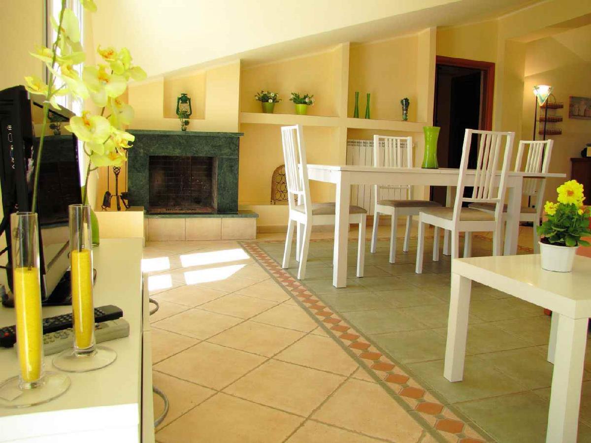 Ferienwohnungen in Villa Pozzallo Sicilia