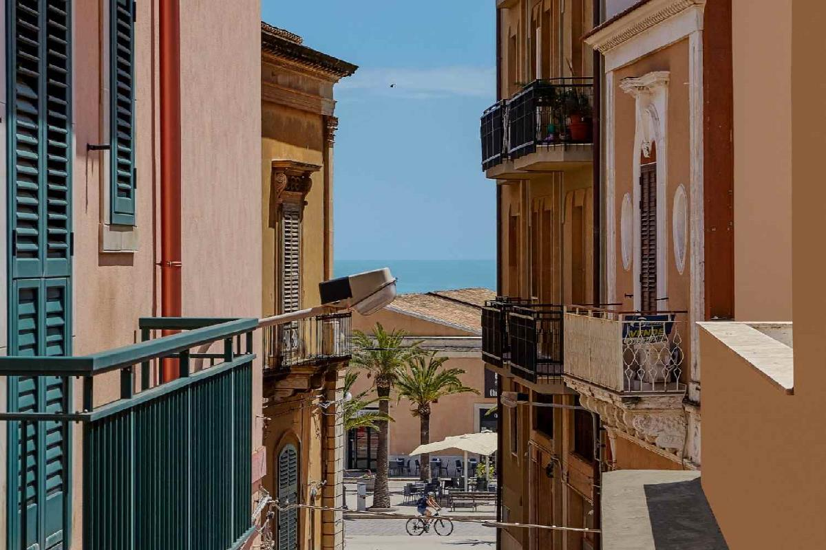 Palm Ferienwohnung im Zentrum von Pozzallo, Pozzallo Sicilia
